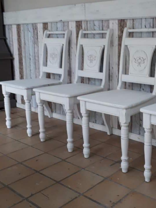 stoelen-wit